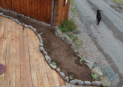 La terrasse et ses bac pour les plantes